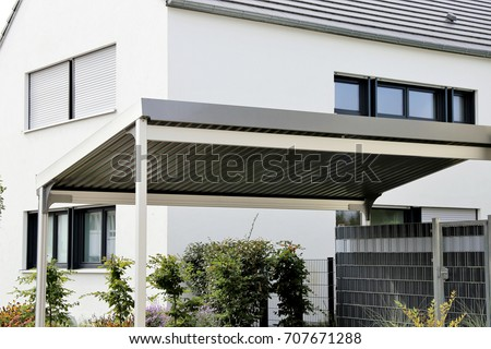 aluminium carport on residential home