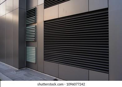 Aluminium louver on facade of hospital