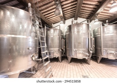 Aluminum containers for maturing wine in a winery