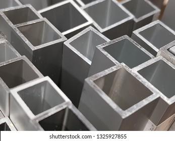 aluminum square tube end
