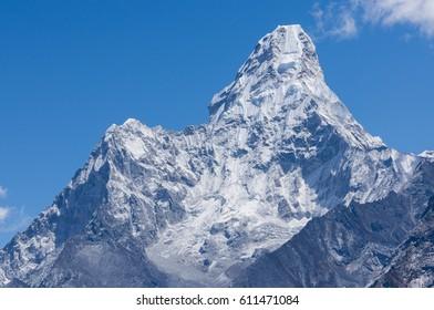Ama Dablam mountain peak, famous peak of Everest region, Nepal, Asia
