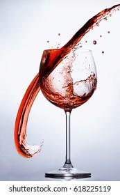 Amaging Vine Glass Splash