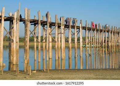 AMARAPURA, MYANMAR - DECEMBER 20, 2016:  At U Bein Bridge on a sunny day