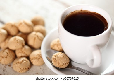 Amaretti biscuits and coffee cup