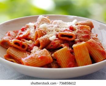 Amatriciana Maccheroni Pasta closeup