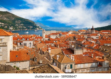 amazing aerial view of the Dubrovnik Old Town from its City Walls, Croatia