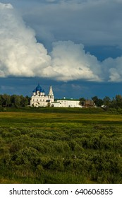 Amazing beautiful white clouds in the blue sky over Suzdal Kremlin