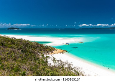 Amazing famous Whitehaven Beach in the Whitsunday Islands, Queensland, Australia