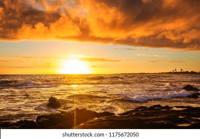 Amazing hawaiian beach at fantastic sunset