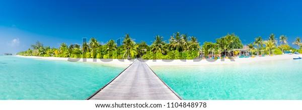 Superbe panorama sur les îles Maldives. : photo de stock (modifier ...