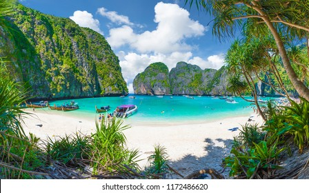 Amazing Maya Bay on Phi Phi Islands, Thailand