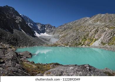 An amazing mountain lake, turquoise water