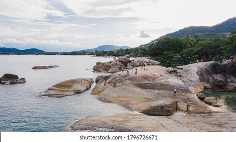 AMAZING ROCK FORMATION , HINTA OR GRANDFATHER STONE , KO SAMUI ,THAILAND , CLEAR BLUE SKY CLOUD BACKGROUND 2020