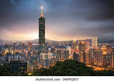 The amazing scene of Taipei 101 building and Taipei city during sunset. The photo has been taken from the top of Elephant Mountain, Taipei.