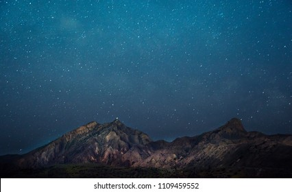Amazing Star Night With Mountain