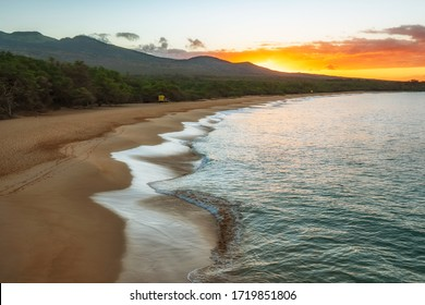Amazing sunrise in on Makena big Beach in Maui Hawaii