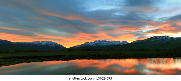 Amazing sunset landscape in Heber Valley, Utah, USA.