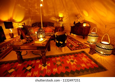 Amazing tent life, conected to nature.