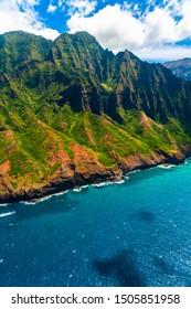Amazing view of the Nāpali Coast State Wilderness Park in Kauai Island, Hawaii.