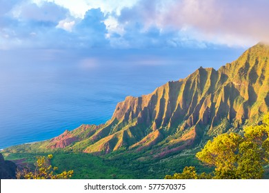 Amazing view of Kalalau Valley and beautiful Na Pali coast, Kauai island, Hawaii