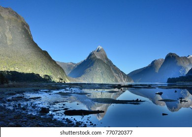The amazing view of Milford Sound, the fiord in the southwest of New Zealand's South Island.