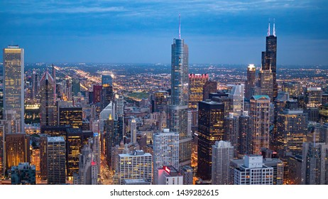 Amazing view over the high rise buildings of Chicago - CHICAGO, ILLINOIS - JUNE 12, 2019