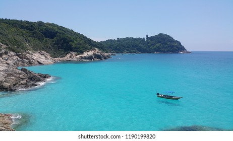 Amazing view of Perhentian Island's clear blue water.