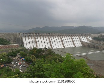 Amazing view of Sardar sarovar Dam of gravity overflow on River Narmada at Kevdiya Colony, Bharuch, Gujarat, India