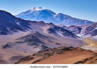 Amazing view at The six thousand peaks road, San Francisco Pass. The pass connects the Argentinian province of Catamarca with the Atacama Region in Chile