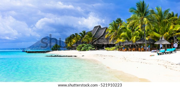 erstaunliche weiße Strände der Insel Mauritius. Tropischer Urlaub