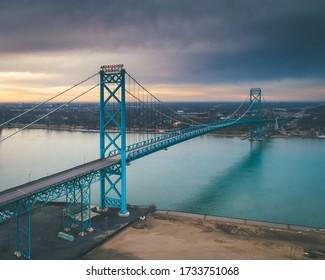 Ambassador Bridge Detroit to Windsor Crossing