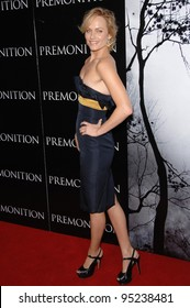 """Amber Valletta at the world premiere of """"Premonition"""" at the Cinerama Dome, Hollywood.  March 13, 2007  Los Angeles, CA Picture: Paul Smith / Featureflash"""