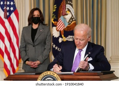 America ,10 Jan 2021:In this Picture American prim minister Joe Biden has shown while signing some papers( Selective focus)