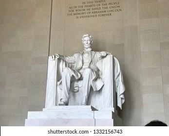 America / Lincolin Memorial Stone Statue of E.Lincolin.