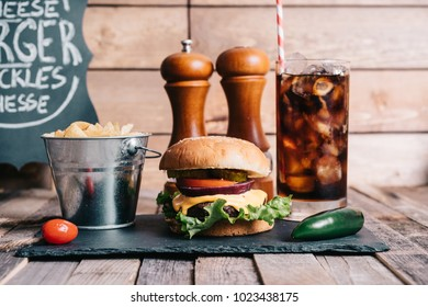 American Burger With Soft Drink