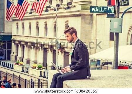 american-businessman-beard-traveling-wor