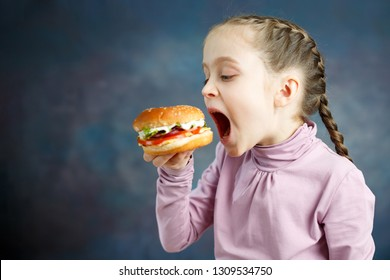 American calories fat meal Junk food, Little Girl enjoy eating hamburgers fast food burger unhealthy