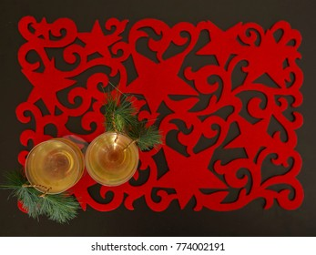 American Christmas placemat with two glasses of wine-2