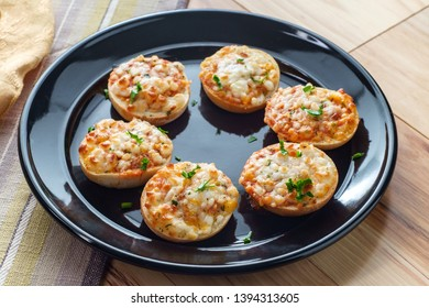 American finger food Hors d'oeuvre mini three-cheese pizza bagels
