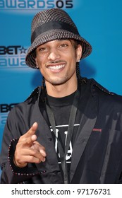 American Idol star COREY CLARK at the 2005 BET (Black Entertainment Television) Awards at the Kodak Theatre, Hollywood. June 28, 2005 Los Angeles, CA  2005 Paul Smith / Featureflash