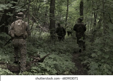 American platoon in Vietnam forest during airsoft game