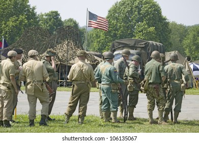American Soldier Wwii Images, Stock Photos & Vectors