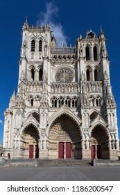 Amiens. France. 06.01.12. The Cathedrale Notre-Dame in the city of Amiens in the Picardy region of northern France. This Gothic cathedral dates from 1220AD and is the largest in France.