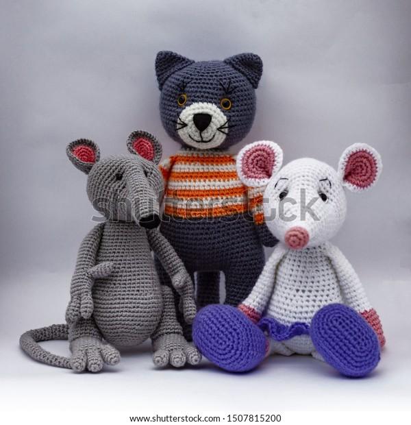 239 Crochet Pattern - Rat or Mouse, vine bottle sleeve - Amigurumi ... | 620x600