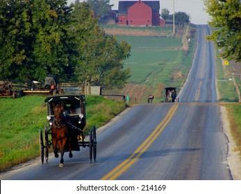 Amish buggies approaching; Mt. Eaton, Ohio