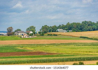 Amish country farm barn field agriculture in Lancaster, PA US