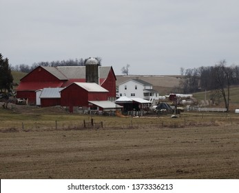 Amish Farm Buildings