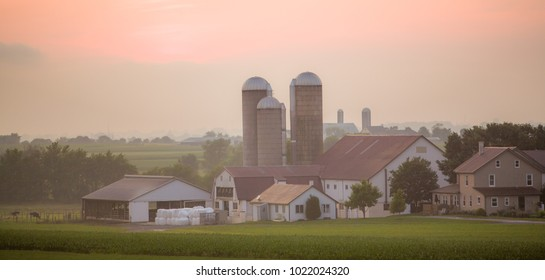 Amish Barn Stock Photos, Images & Photography | Shutterstock