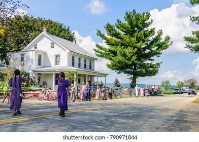AMISH PENNSYLVANIA, USA - SEPTEMBER 16, 2017: Kids playing in Amish Country in Pennsylvania, USA
