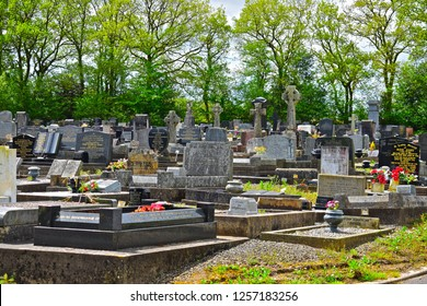 Ammanford, Carmarthenshire / Wales UK - 5/10/2018:A peaceful scene at the Cemetery, Graveyard and Garden of Remembrance at Saron nearr Ammanford, Carmarthenshire W.Wales